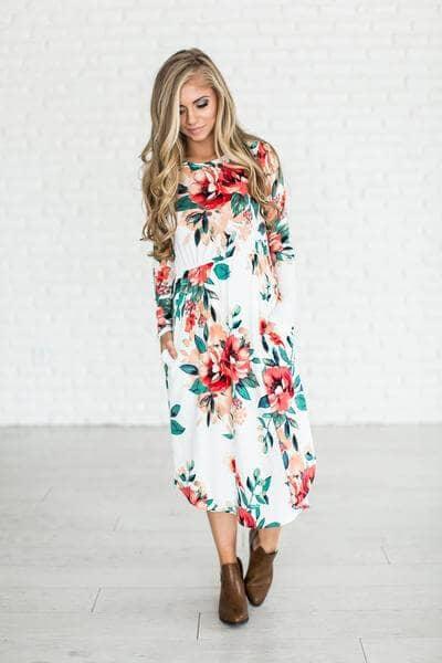 All-figure-flattering Pocket Midi Dress