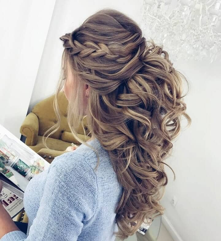 Cascade Of Braid-topped Curls