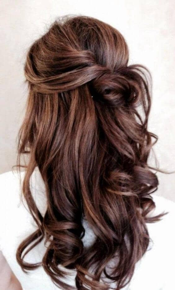 Casual Knot And Beautiful Loose Curls