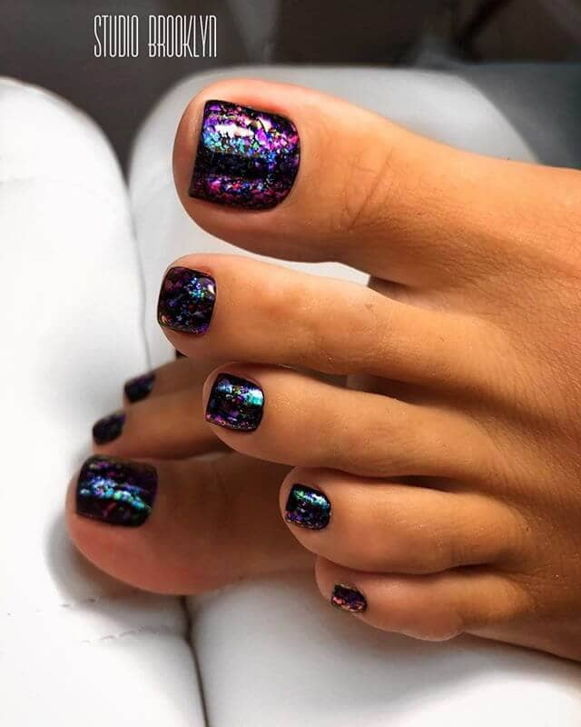 Hour Glass Your Nails into the Future