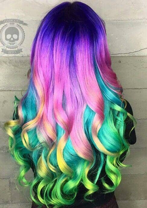Super long hair looks even better in technicolor. NEED.