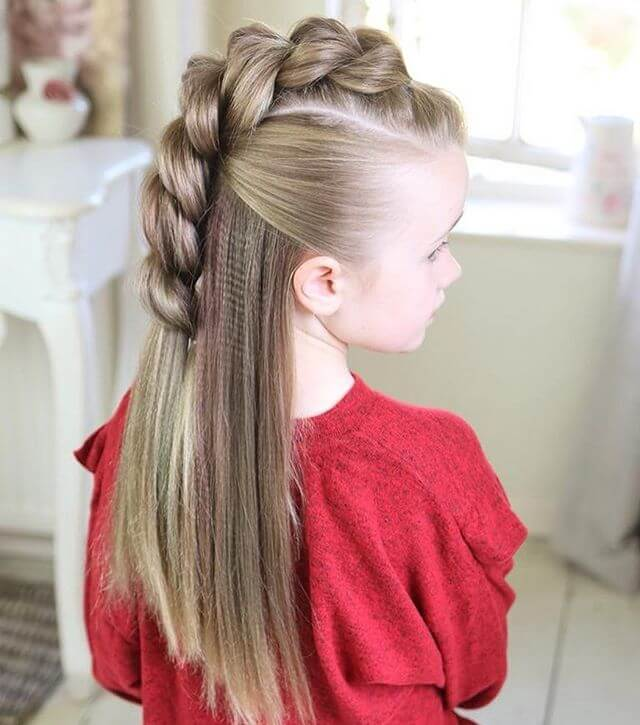 A Half-Up Mohawk Braid