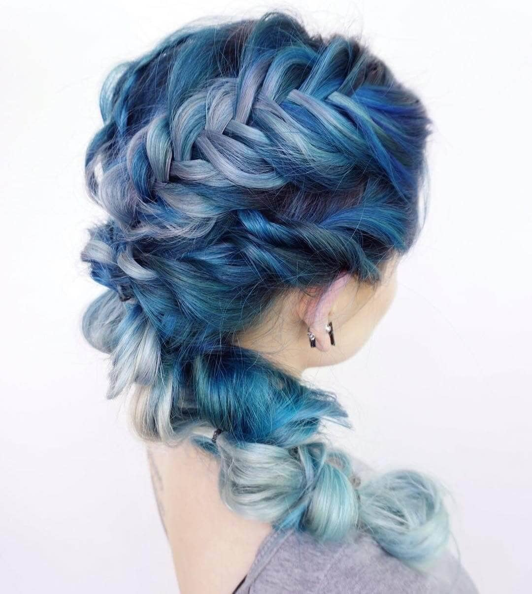 Blue Shades In The Braids