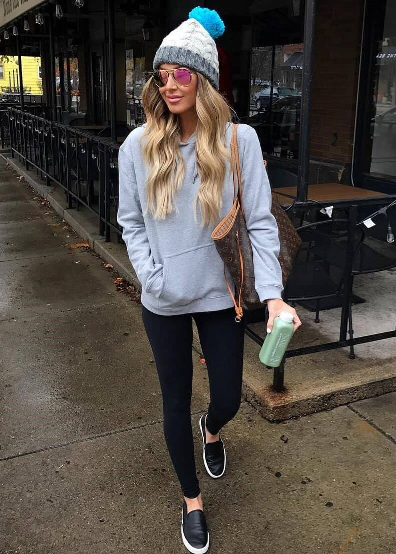 Simple On-the-go Winter Outfit With Cap