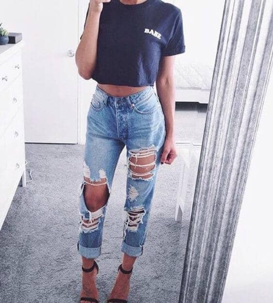 Casual Ripped Jeans Outfits