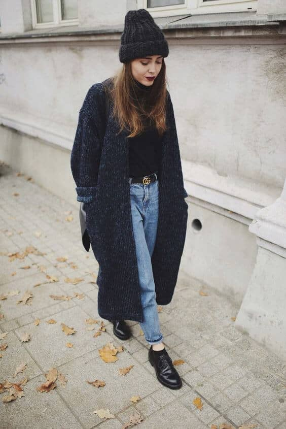 Grunge Inspired Winter Outfit With Mom Jeans