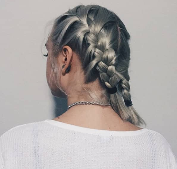 Double Dutch with Loose Strands