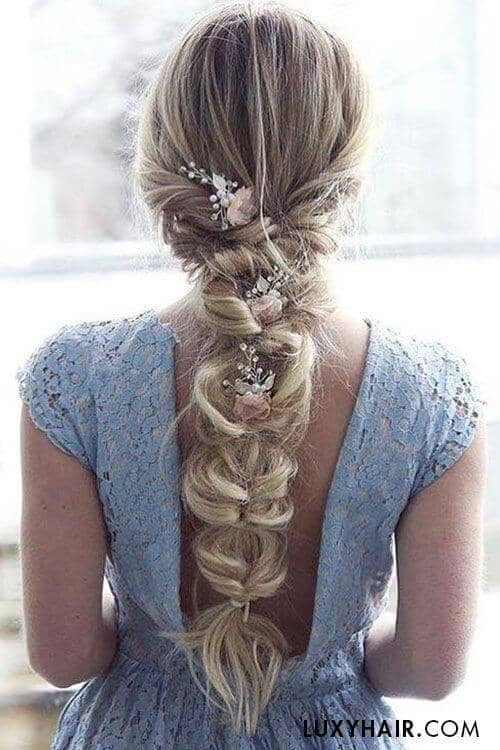 Loose Pull-through Braid With Flowers
