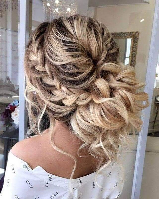Pulled Back Voluminous Style