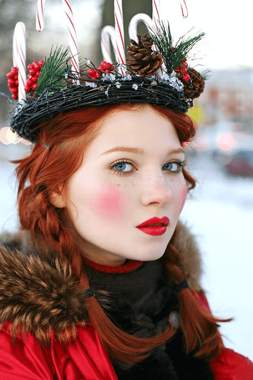 Rosy Cheeks, Gold Eyes, and Red Lips