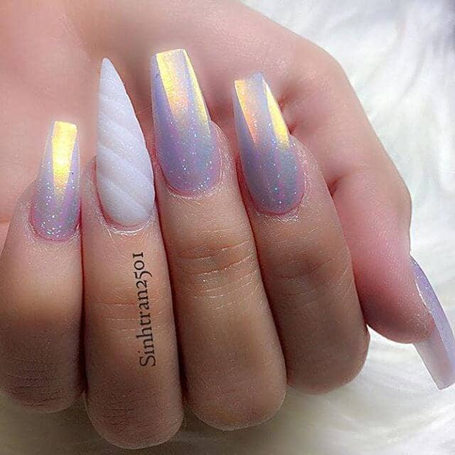 Holographic Lavender Nails with a Magical Horn