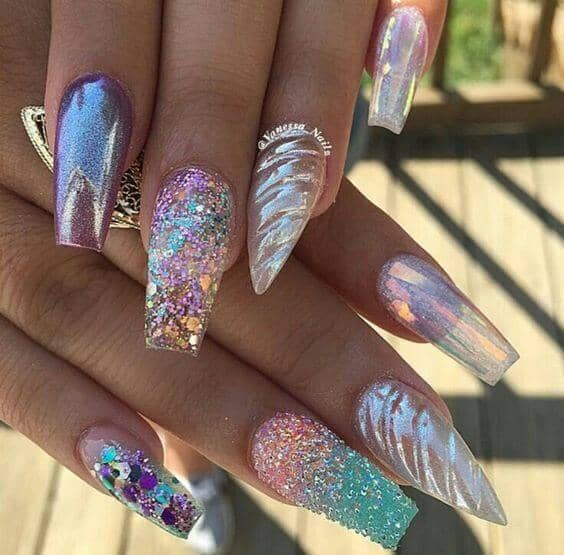 Designer Nails with Glitter and Metallic Features
