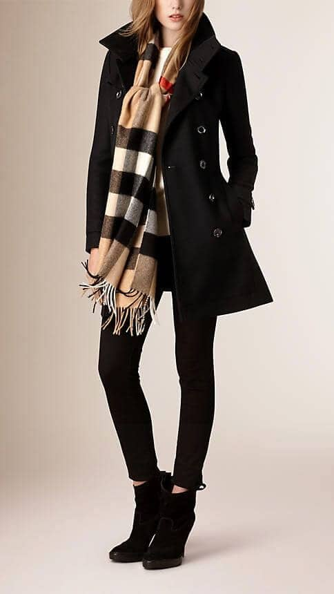 Burberry Plaid With Black Coat And Pants