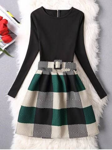 Round Neck Black Tee With Plaid Wool Circle Skirt