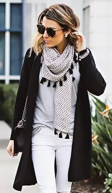 Black And White Patterned Scarf With Tassels