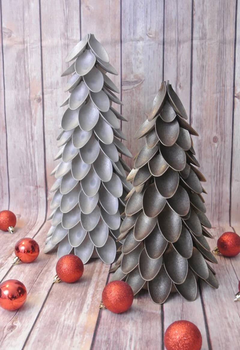 The Santa's Spoon & Ball Christmas Tree