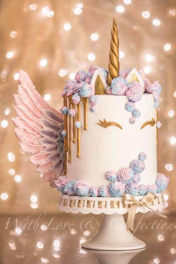 Majestic Pegasus Pastel Cake
