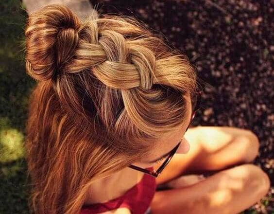 Loose Braid Half-updo With Bun