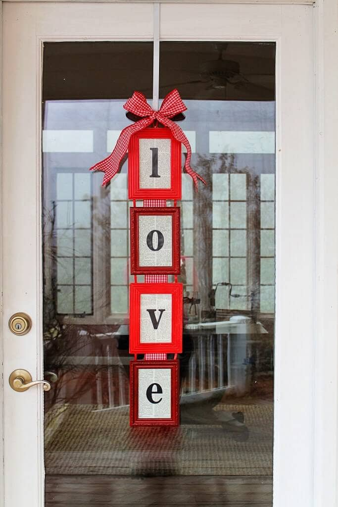 "Picture Frame Valentine's Day ""LOVE"" Window Banner"