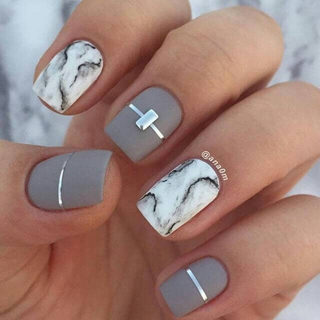 Matte Gray With Marbled Accent Nails