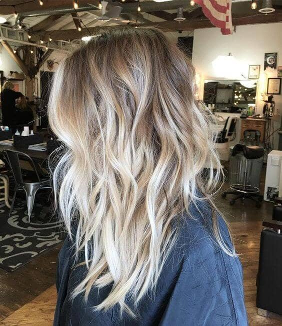 Wavy Ombre Effect Coiffure