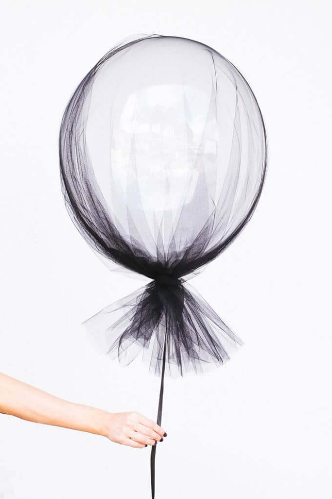 Modernize Balloons with Taffeta Wraps