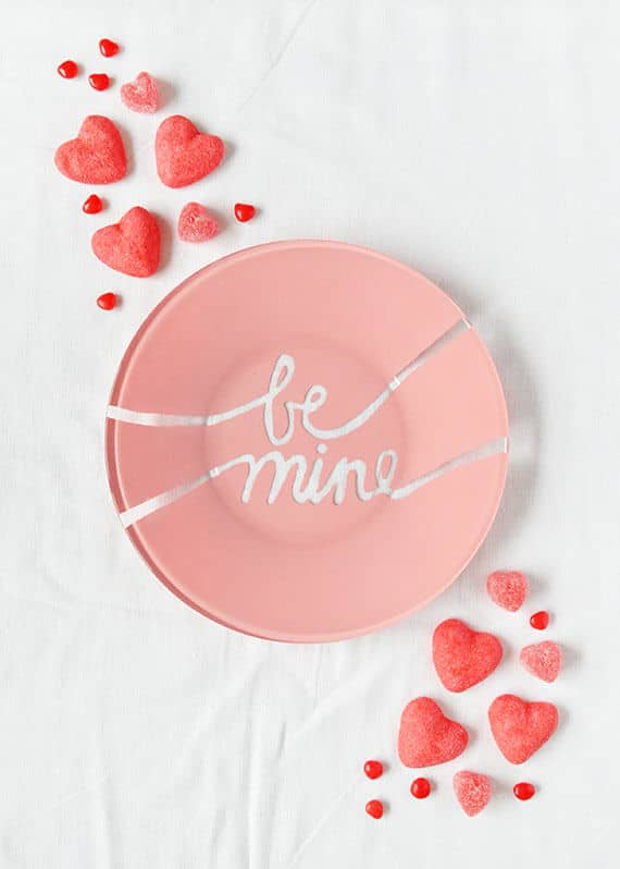 "Intricate Valentine's ""be mine"" Calligraphy Carving"