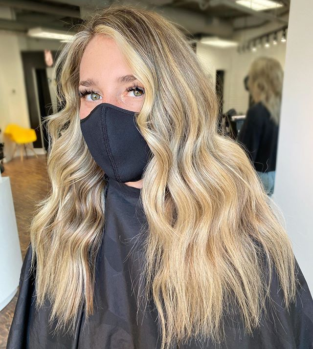 Blonde Balayage with Highlighted Front Tips Hair
