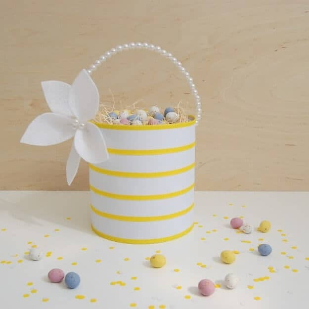 Simple Yellow and White Basket with Pearls