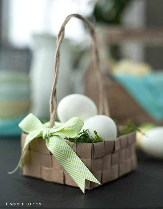 Woven Paper Baskets with Bows