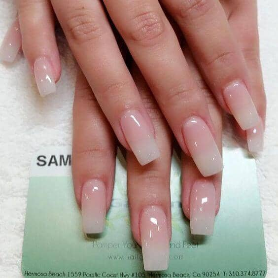 False Nails in a Clear Clean Design