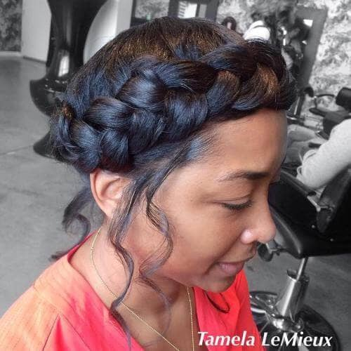 Big Braided Headband for An Elegant Look