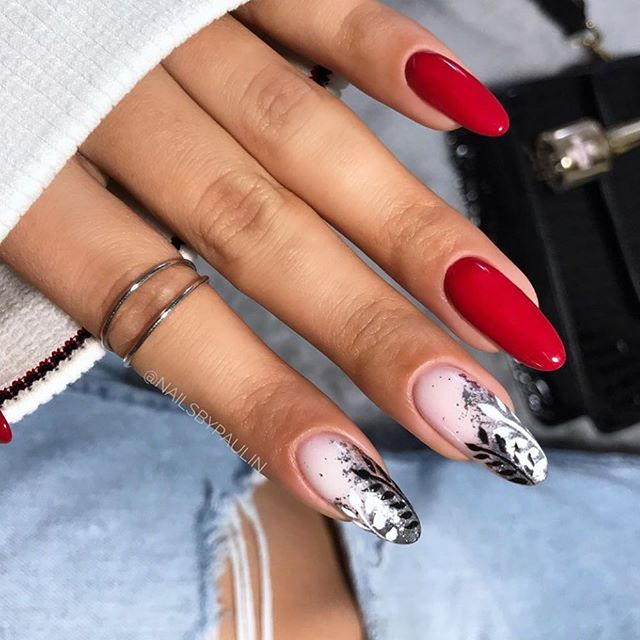Oval Shaped Vintage Combination Nails