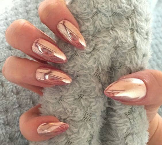 Extra Sharp Peach Pointed Nails
