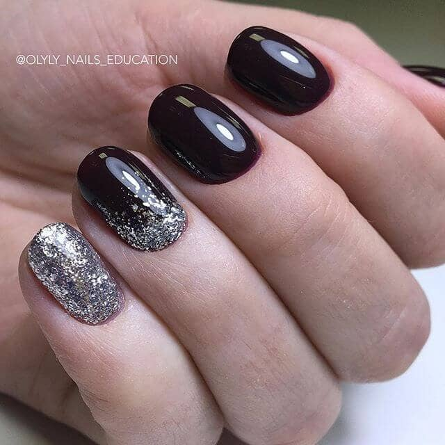 Silver Glitter and Glossy Black Nails