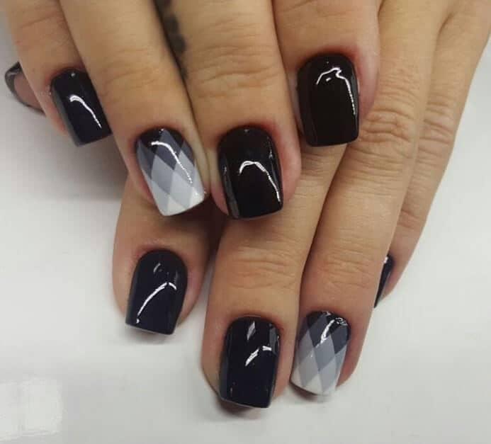 Geometric black and white fade