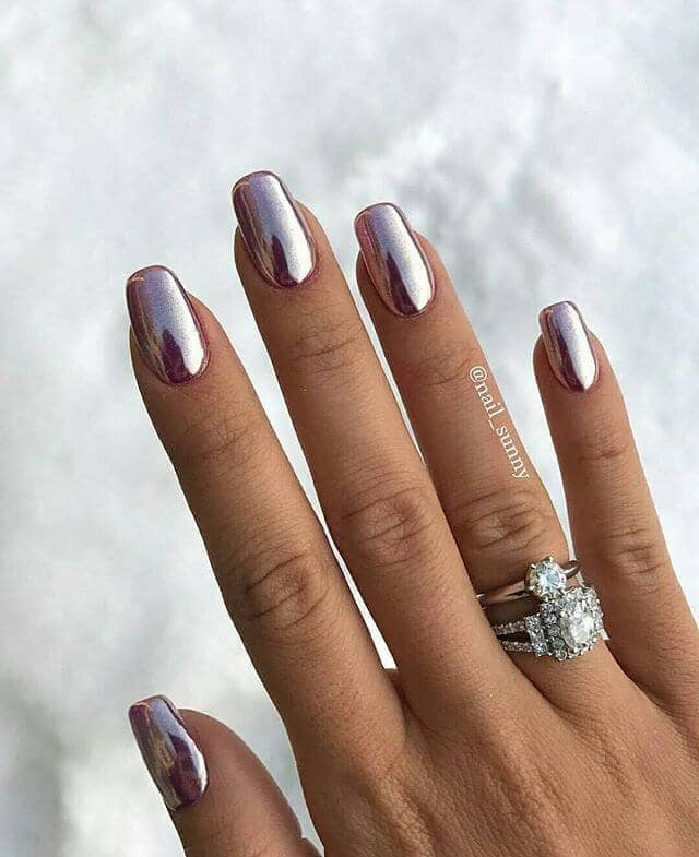 Amazing Glossy Chrome Nails for You