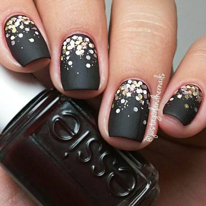 All the world is a stage- black and gold confetti short acrylic nails