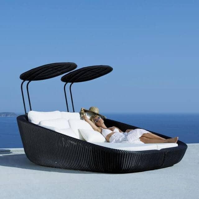 Woven Cabana Style Lounge Bed
