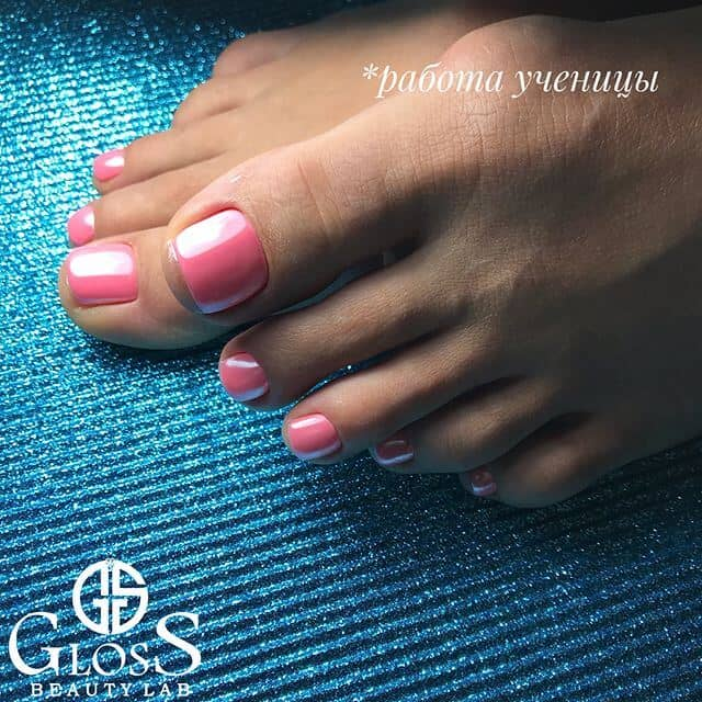 Cool Glossy Pink Pedicure Ideas