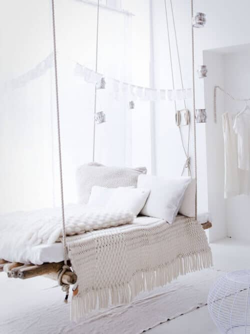 Hanging Rope and Wood Indoor Lounger