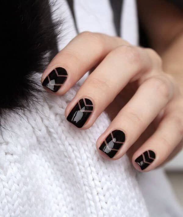 Negative space chevron - cute easy nail design