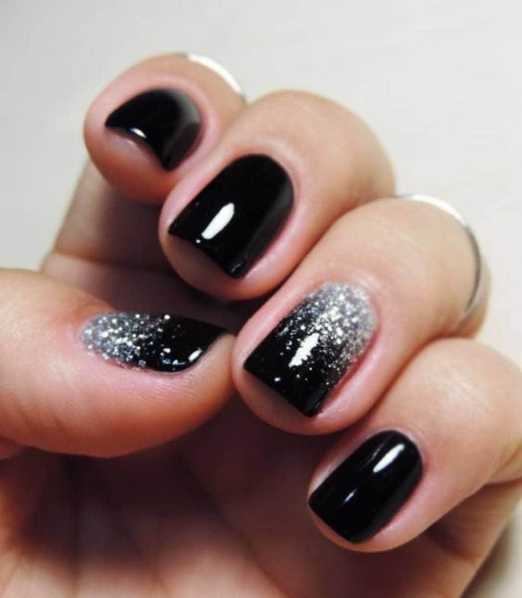 Old Hollywood glamor- silver glitter and black