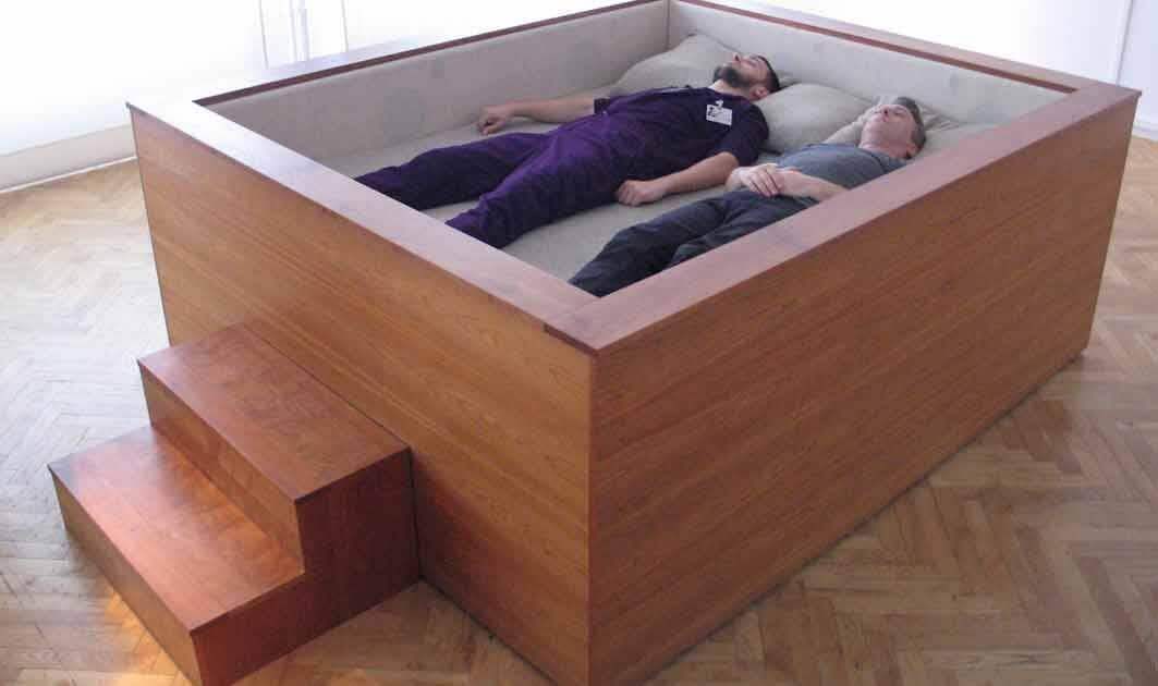 Smooth Wooden Grown Up Crib
