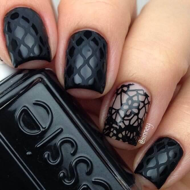 Stained glass inspired monochromatic nails
