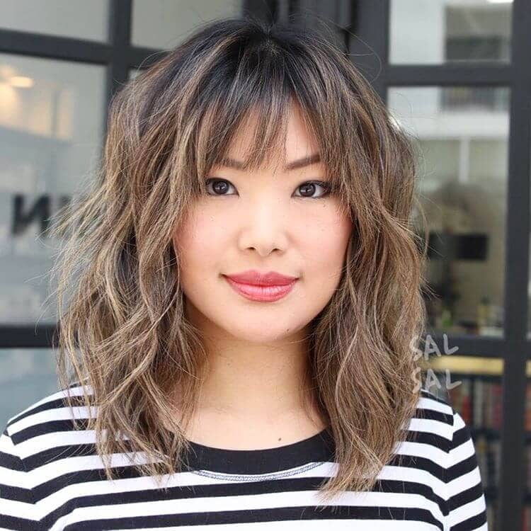 Gorgeous Medium Hairstyle With Bangs