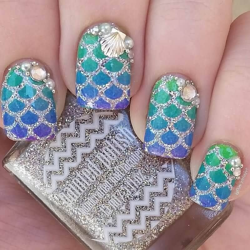 Enticing and Sparkly Flat Tip Nail Styles