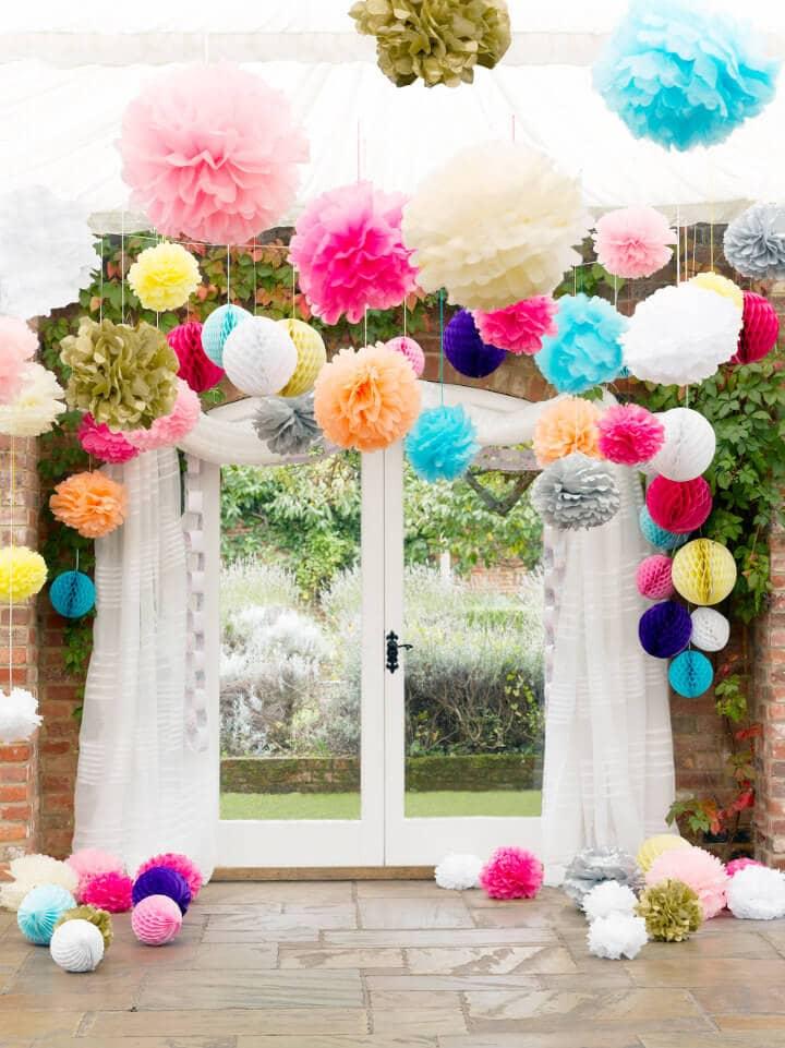 Easy Colorful Tissue Paper Flower Pom-Poms
