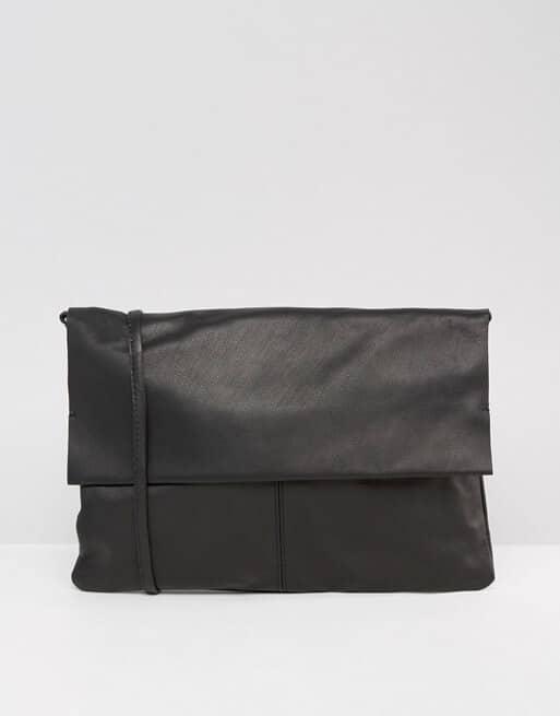 Elegant and Stylish Crossbody Bag with Strap