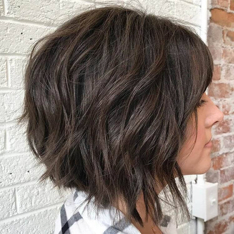 Cute and Easy Wavy Bob With Bangs